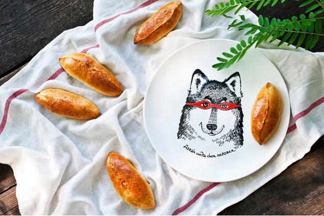 Пирожковые тарелки не обязательно должны соответствовать классическим канонам - выбирайте ту, которая именно вам по душе