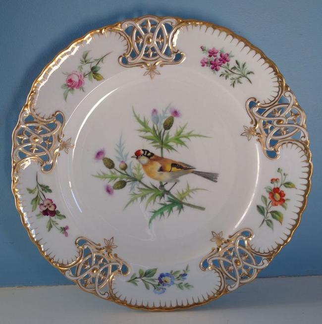 Антикварная пирожковая тарелка из фарфора с росписью ручной работы