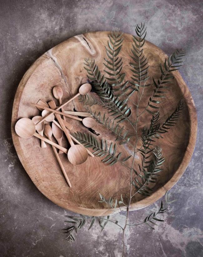 Оригинальная пирожковая тарелка из натурального дерева сделанная вручную