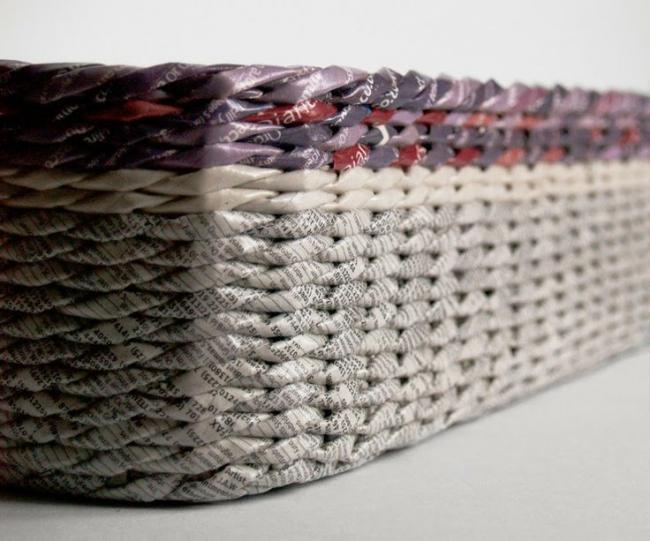 Разные виды газет и журналов помогут создать нетрадиционный декоративный предмет