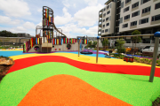 Фото 37 Покрытие для детских площадок из резиновой крошки: безопасность прежде всего