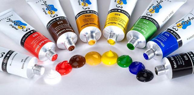 Акриловые витражные краски отличаются густой консистенцией