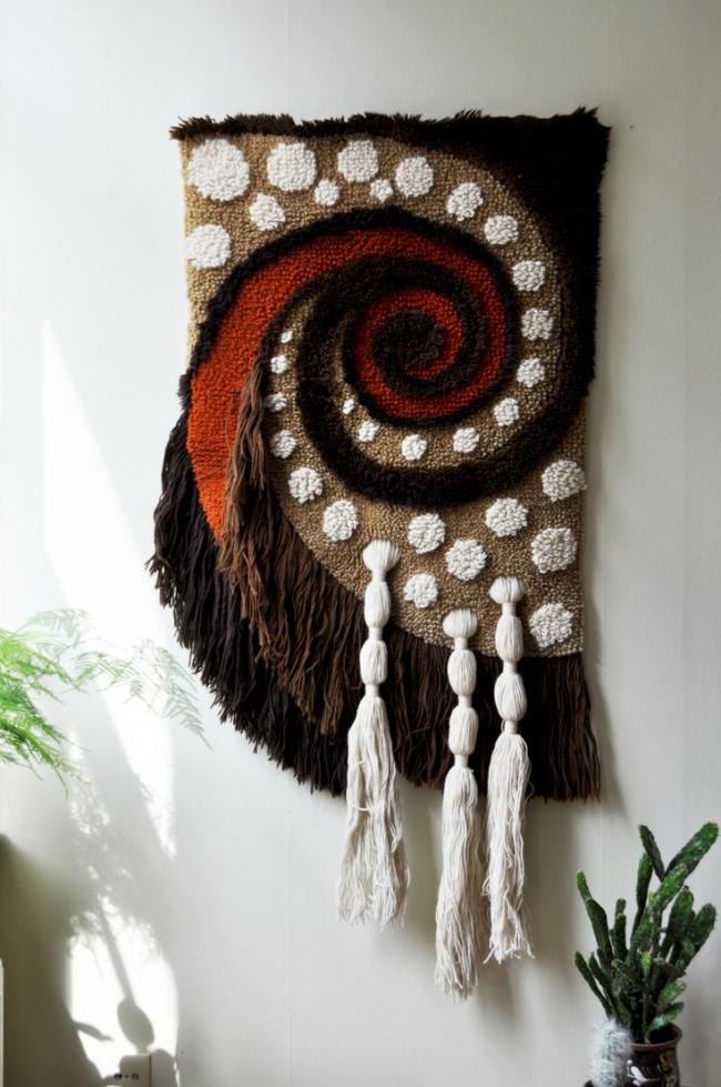 Очень атмосферный гобелен со скандинавскими мотивами добавит в дом уют