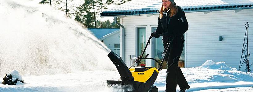 Бензиновые самоходные снегоуборщики: рейтинг и сравнение популярных моделей