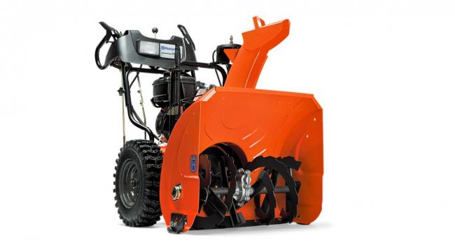 Модель Husqvarna ST 5524 оборудована мощным двигателем, который поможет сэкономить в расходе топлива. А так же, машина обладает хорошей маневренностью, а глубокий протектор на ее шинах обеспечит легкость хода и не допустит пробуксовок