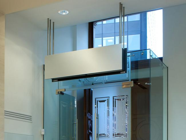 Узкая тепловая завеса для узкого дверного проёма