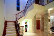 Фото 35 Трехмаршевая лестница: как самостоятельно сделать расчёт и 70+ готовых вариантов