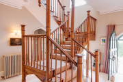 Фото 27 Трехмаршевая лестница: как самостоятельно сделать расчёт и 70+ готовых вариантов
