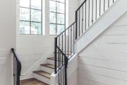 Фото 28 Трехмаршевая лестница: как самостоятельно сделать расчёт и 70+ готовых вариантов