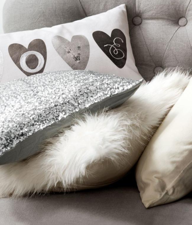 Гламурная наволочка с пайетками для диванной подушки