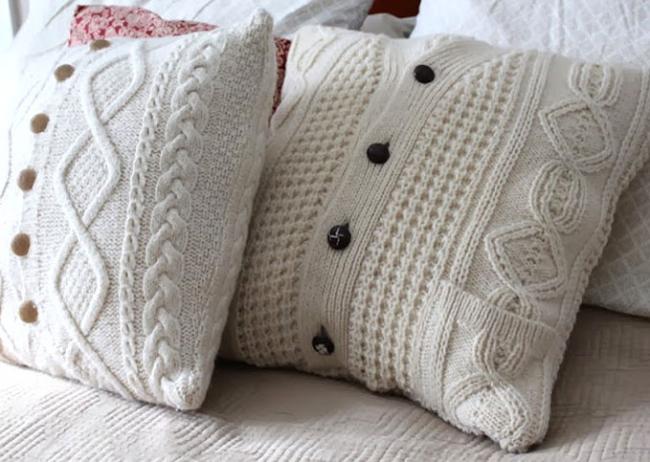 Наволочка для подушечки из старой кофты