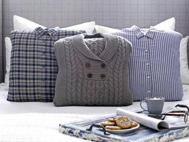Оригинальные подушечки из ненужной одежды