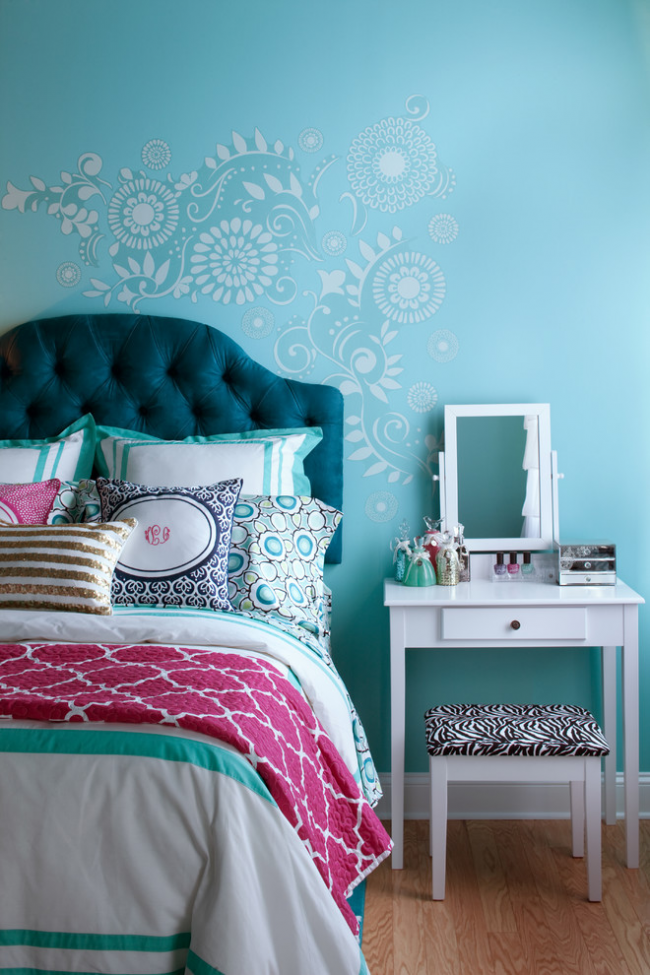 Дизайн уютной спальни в холодных тонах
