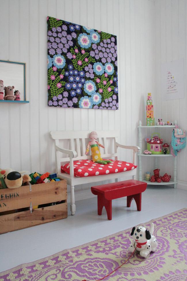 Панно своими руками в интерьере детской комнаты