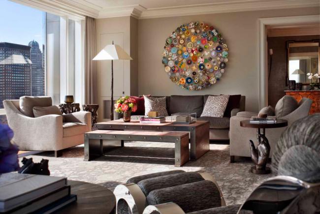Панно на стену из природных материалов в дизайне просторной гостиной