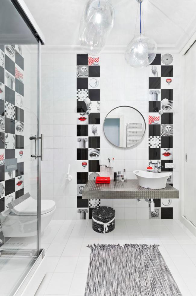 Дизайн маленькой ванной комнаты в черном цвете с красными акцентами