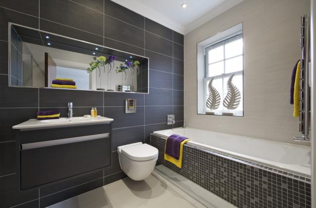 Оформление экрана акриловой ванны с помощью мозаики