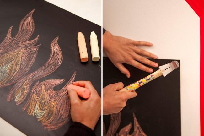 Рисуем пламя для фальш-камина с помощью большого мела
