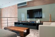 Фото 28 Корпусная мебель для гостиной в современном стиле: обзор 90+ трендовых решений