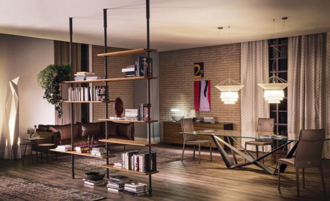 Лаконичное сочетание стилей в небольшой гостиной