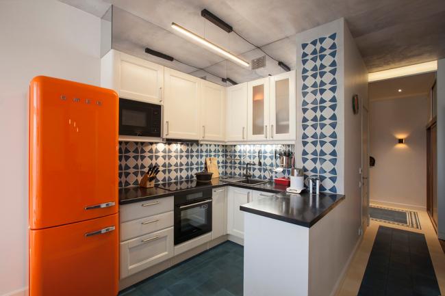 Плитка с орнаментом поможет разбавить интерьер вашей кухни