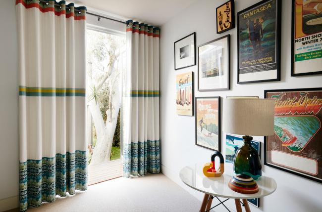 Чтобы интерьер был более гармоничным, необходимо правильно подобрать шторы