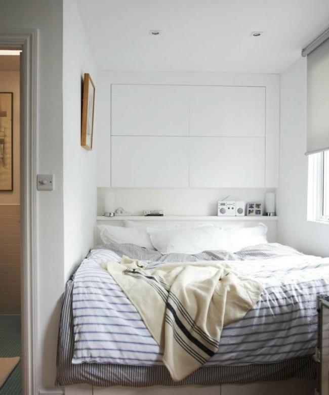 Спальная зона, размещенная на утепленном балконе