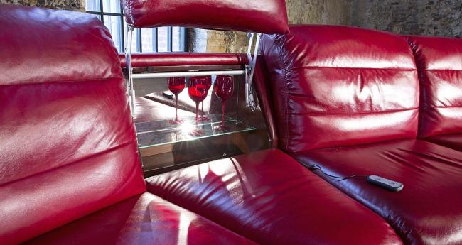 Удобный вариант модульного дивана от Аскона