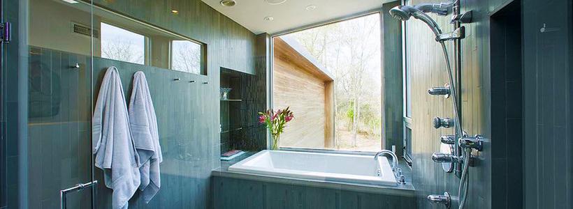Настенные держатели для душа: как выбрать оптимальную модель для ванной?
