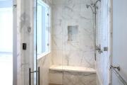 Фото 8 Настенные держатели для душа: как выбрать оптимальную модель для ванной?