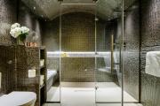Фото 30 Настенные держатели для душа: как выбрать оптимальную модель для ванной?