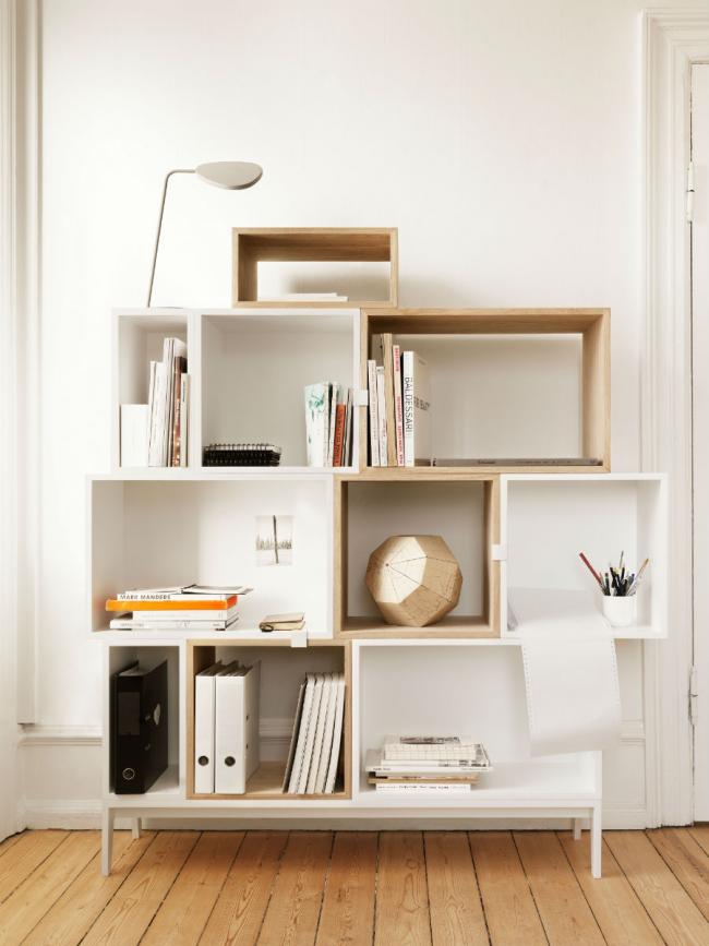 Оригинальные полочки для книг и декоративной мелочевки