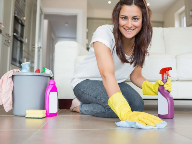 Очистка поверхностей занимает много времени и труда