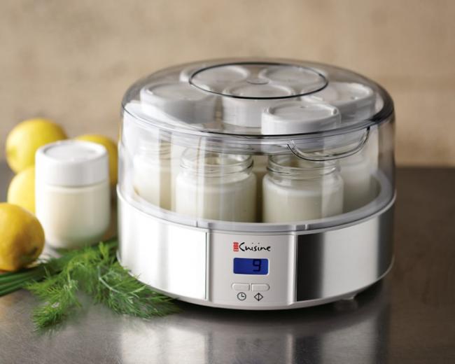 В качестве закваски для йогуртов можно использовать сухие закваски промышленного происхождения в капсулах, таблетках, порошках, которые можно приобрести в аптеке либо магазине специализированных детских товаров