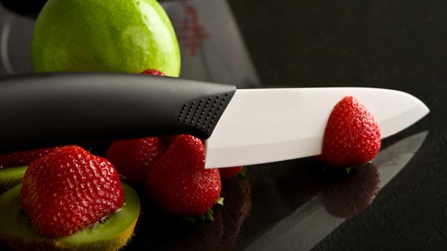 Керамический нож с идеально острым лезвием