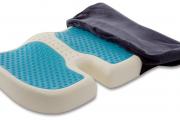 Фото 3 Подушки для сидения на стуле (110 фото): все тонкости выбора идеальной ортопедической и декоративной подушки