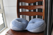 Фото 16 Подушки для сидения на стуле: все тонкости выбора идеальной ортопедической и декоративной подушки