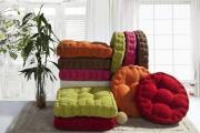 Фото 32 Подушки для сидения на стуле: все тонкости выбора идеальной ортопедической и декоративной подушки