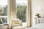 Фото 37 Портьеры для спальни: 90+ элегантных идей для спальной комнаты и советы по выбору