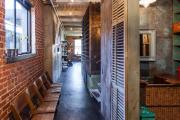 Фото 14 Прихожая в стиле лофт: 85 интерьерных идей для создания стильной входной зоны