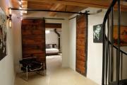 Фото 22 Прихожая в стиле лофт: 85 интерьерных идей для создания стильной входной зоны