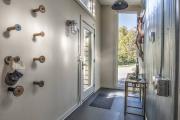 Фото 25 Прихожая в стиле лофт: 85 интерьерных идей для создания стильной входной зоны