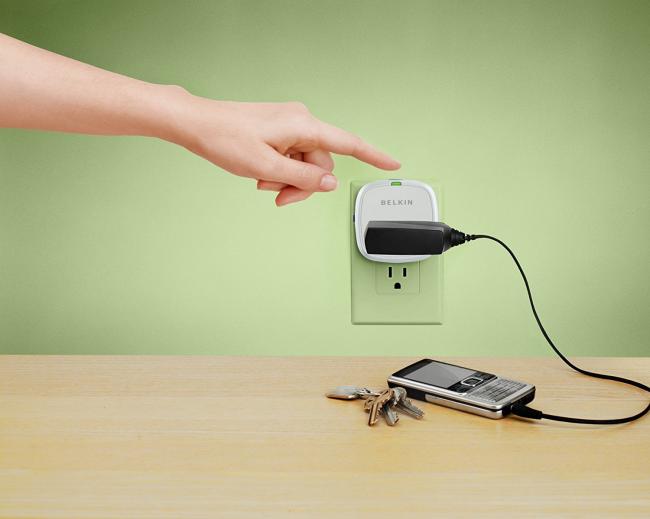 Розетка - таймер служит для отключения или включения бытовых электроприборов по времени