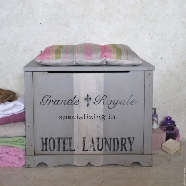 Ванную комнату украсит сундук в стиле прованс