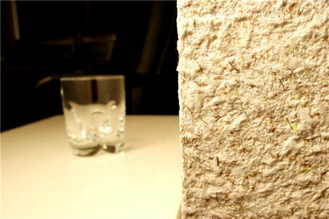 Жидкие обои помогут скрыть погрешности стен