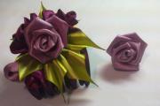 Фото 8 Цветы из атласных лент: пошаговые инструкции и мастер-классы по созданию букетов, топиариев и обручей