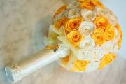 Фото 11 Цветы из атласных лент: пошаговые инструкции и мастер-классы по созданию букетов, топиариев и обручей