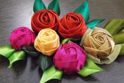 Фото 21 Цветы из атласных лент: пошаговые инструкции и мастер-классы по созданию букетов, топиариев и обручей