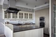 Фото 13 П-образные кухни: 80+ универсальных планировочных решений, которые сэкономят место и бюджет