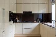 Фото 30 П-образные кухни: 80+ универсальных планировочных решений, которые сэкономят место и бюджет